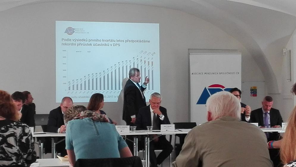 Tisková konference APS ČR.
